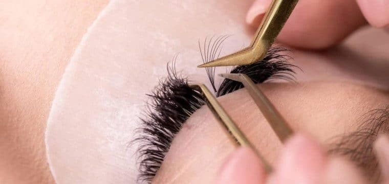 Choose Right Eyelash Extensions Style