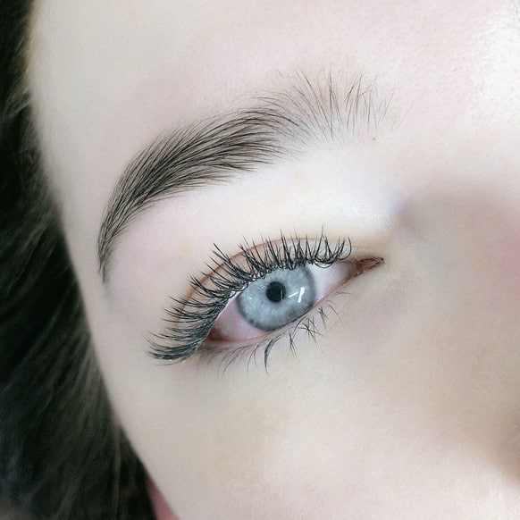 which eyelash extensions last the longest