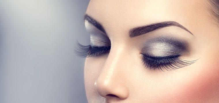 Can you wear false eyelashes with eyelash extensions